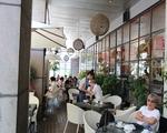 カフェ・ティーハウス